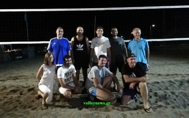 Ο Αυγενάκης έπαιξε μπιτς βόλεϊ στη Λάρισα μετά τα μεσάνυχτα – Newsbeast